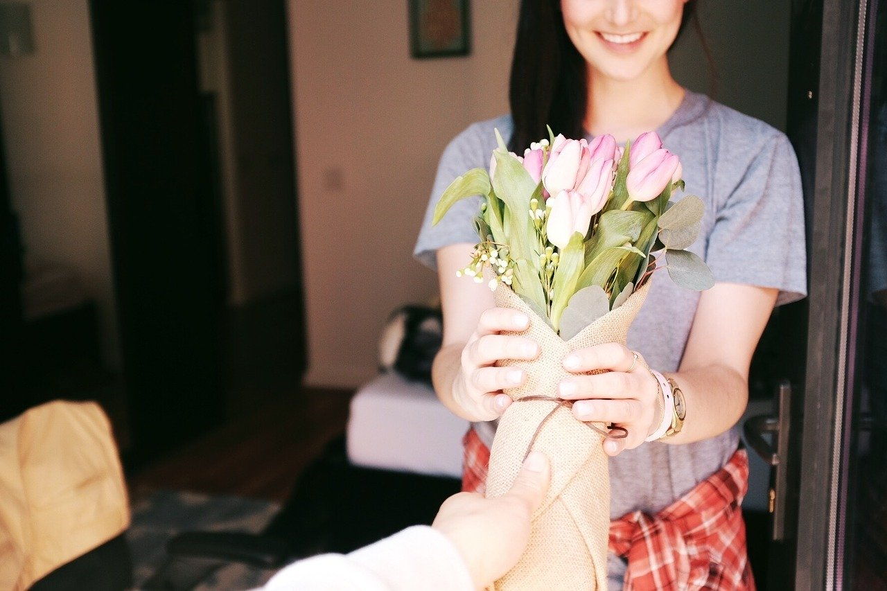 cveće-poklon-za-8-mart