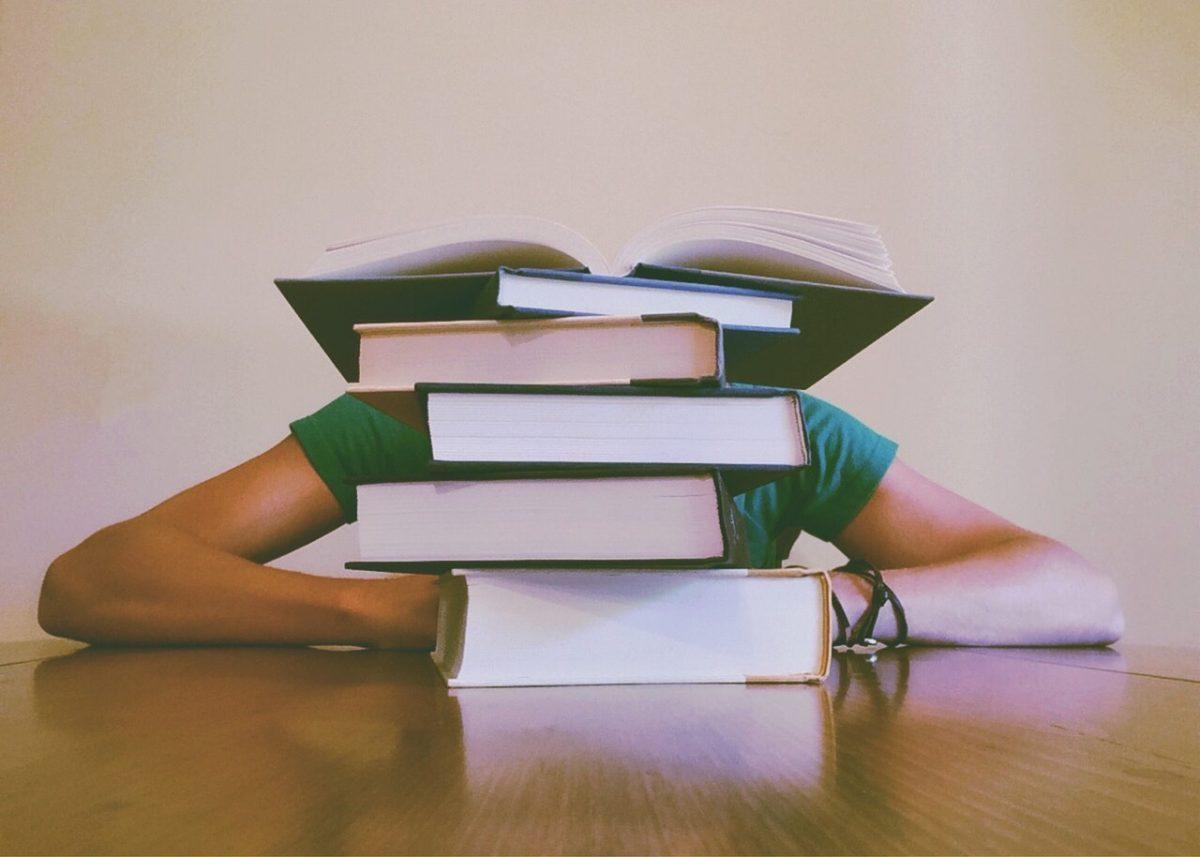 Učenje veče pre testa - Stresni momenti
